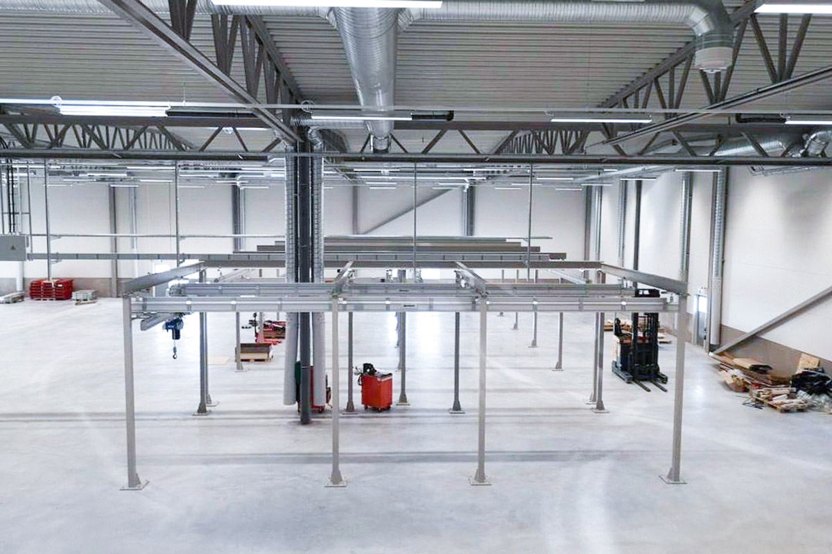 Floor mounted steel structure for crane systems Movomech Mechrail