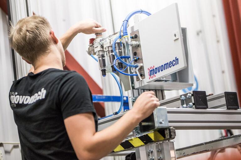 Movomech utvecklar och tillverkar lyfthjälpmedel till industrinlyftmanipulatorer